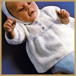 Gestrickte Babyjacke mit Kapuze, kostenlose Anleitung
