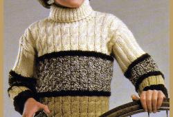 Jungen Rollkragenpullover mit Zopfmuster, kostenlose Anleitung
