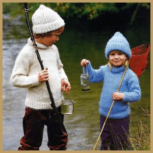 Rollkragenpullover für Kinder mit Mütze