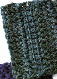 Bei verbundenen Stäbchen werden die Lücken zwischen den einzelnen Maschen geschlossen.