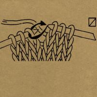 Strickschriften 1 Masche mit hintergelegtem Faden wie zum Rechtsstricken abheben
